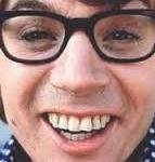 Austin Powers bad teeth